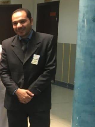 التفاصيل الكاملة لوفاة المدرس المصري محمد حسان أمام أعين طلابه على منصة مدرستي السعودية